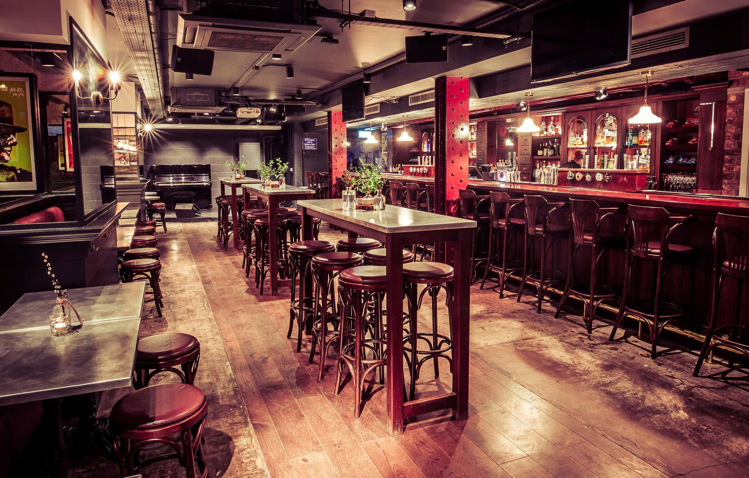 Parties & Receptions, Gibney's London