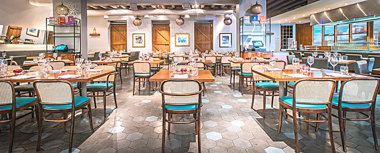 Main Restaurant  **A new concept drawing on the same philosophy of creativity as the Cinnamon Club's original restaurant, Cinnamon Kitchen offers innovative and modern Indian cuisine in a relaxed setting.**   Sympathe