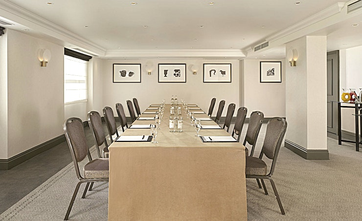 Spencer Suite **Seeking a sophisticated Space to hold your next meeting in Westminster? The Spencer Suite at Hyatt Regency London boasts a brilliant option.**
