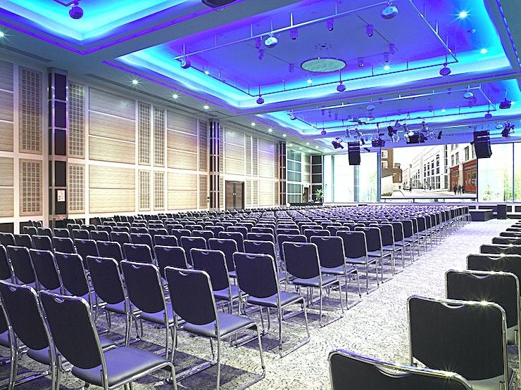 Wren  Suite  **Our central and accessible London location makes us one of the most convenient conference venues in the city. **  Situated on the lower ground floor, the Wren Suite can hold up to 540 people. The ro