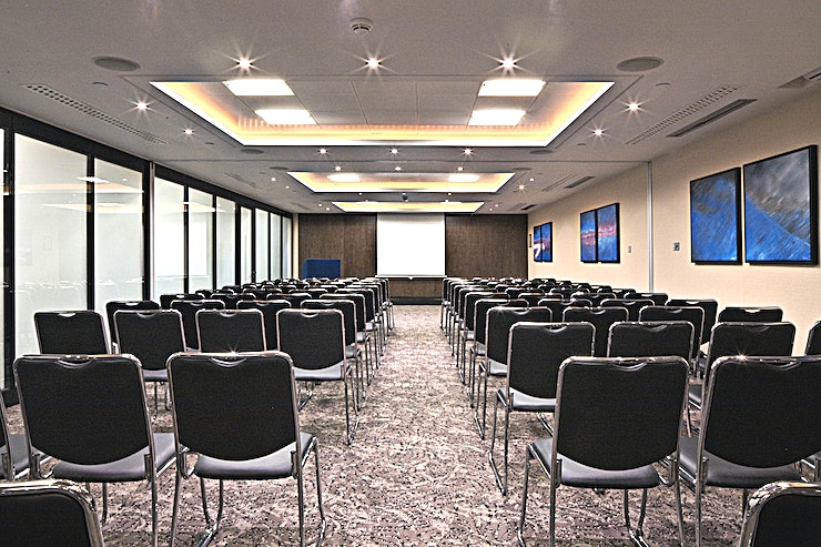 Lawrence & Fleming  Suites  **Our central and accessible London location makes us one of the most convenient conference venues in the city. **  The Lawrence and Fleming Suites can hold up to 100 delegates, and can also be subdiv