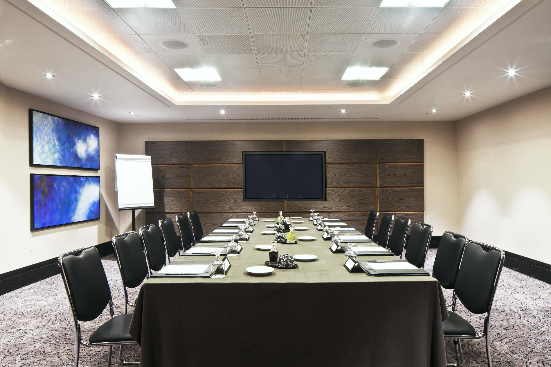 Meeting Room , Leonardo Royal London St. Paul's