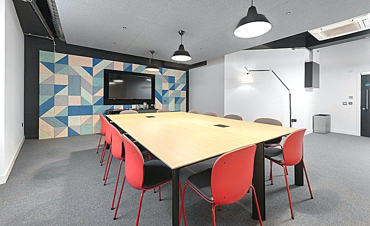The Warehouse **The Warehouse is a spacious meeting room for hire on London's South Bank.**  Found in a quiet corner of the ground floor, attendees of this 12 person meeting room will enjoy the minimalist industr