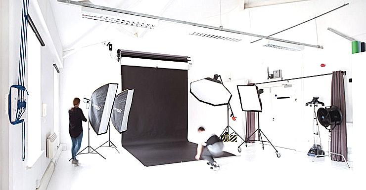 Boutique Studio **West London Studio is a Boutique photography studio hire in the city. This space can be booked for photography shoots, as a filming location, or for meetings, events, castings and more.**  The studio is ideally located near the thriving bars and cafes of Portobello Road and Portobello Market. Ladbroke Grove and Kensal Green tube stations are within walking distance and buses 7, 70 and 316 stop near West London Studio. This photography venue is also ideally located near the Westway and has one free car space available for you when you hire the studio.  The standard rate of the video and photography studio includes the use of all the venue's professional photo and video lighting equipment. The studio will do their best to accommodate any special requirements from customers.  West London Studio also offers services such as Photo Production, Video Production, Professional Photographers and Videographers, Make-Up Artists, Stylist and Studio Assistant on request.