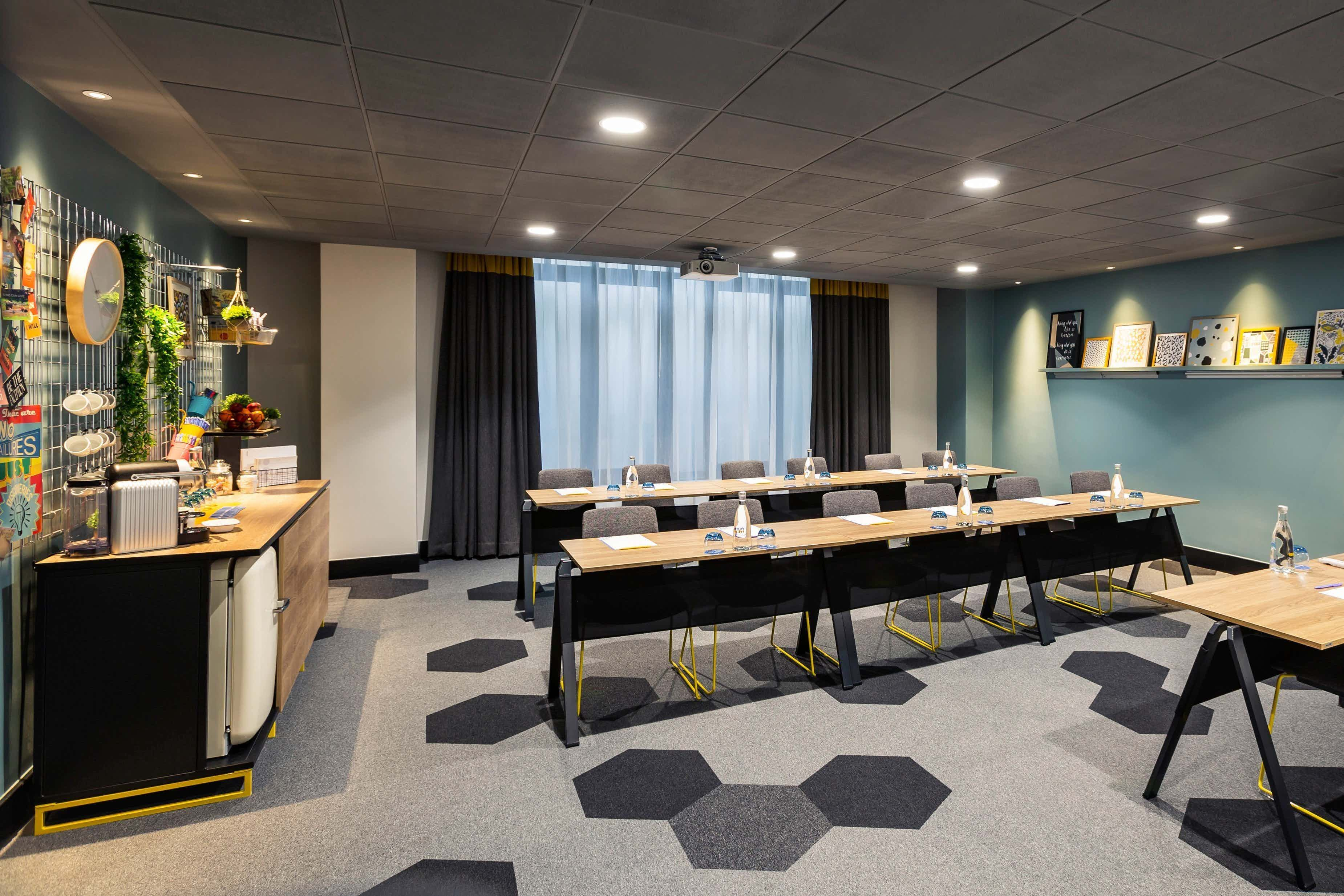 Barbican Suite, Novotel London Tower Bridge