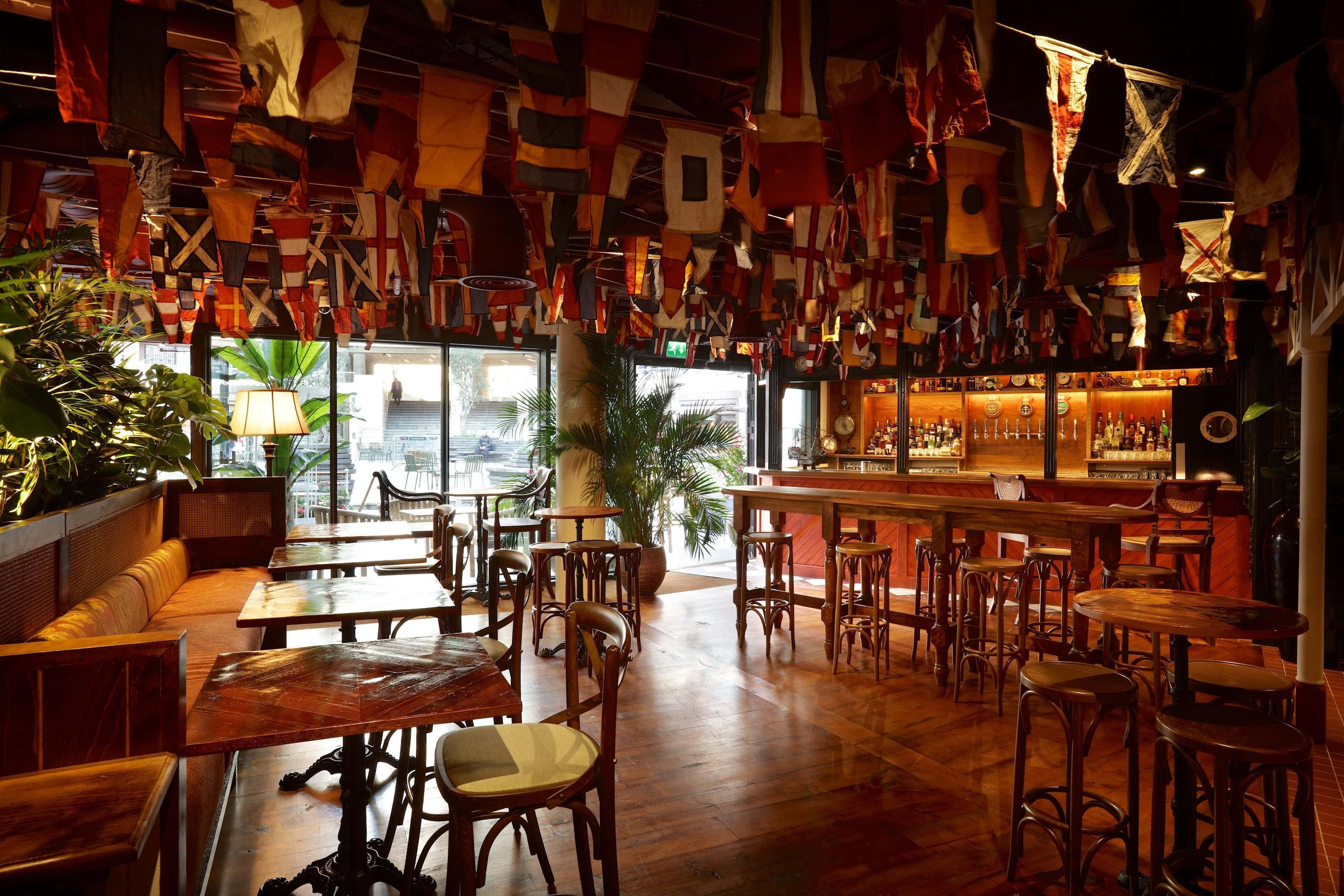 Whole venue, Mrs Fogg's Dockside Drinkery & Distillery