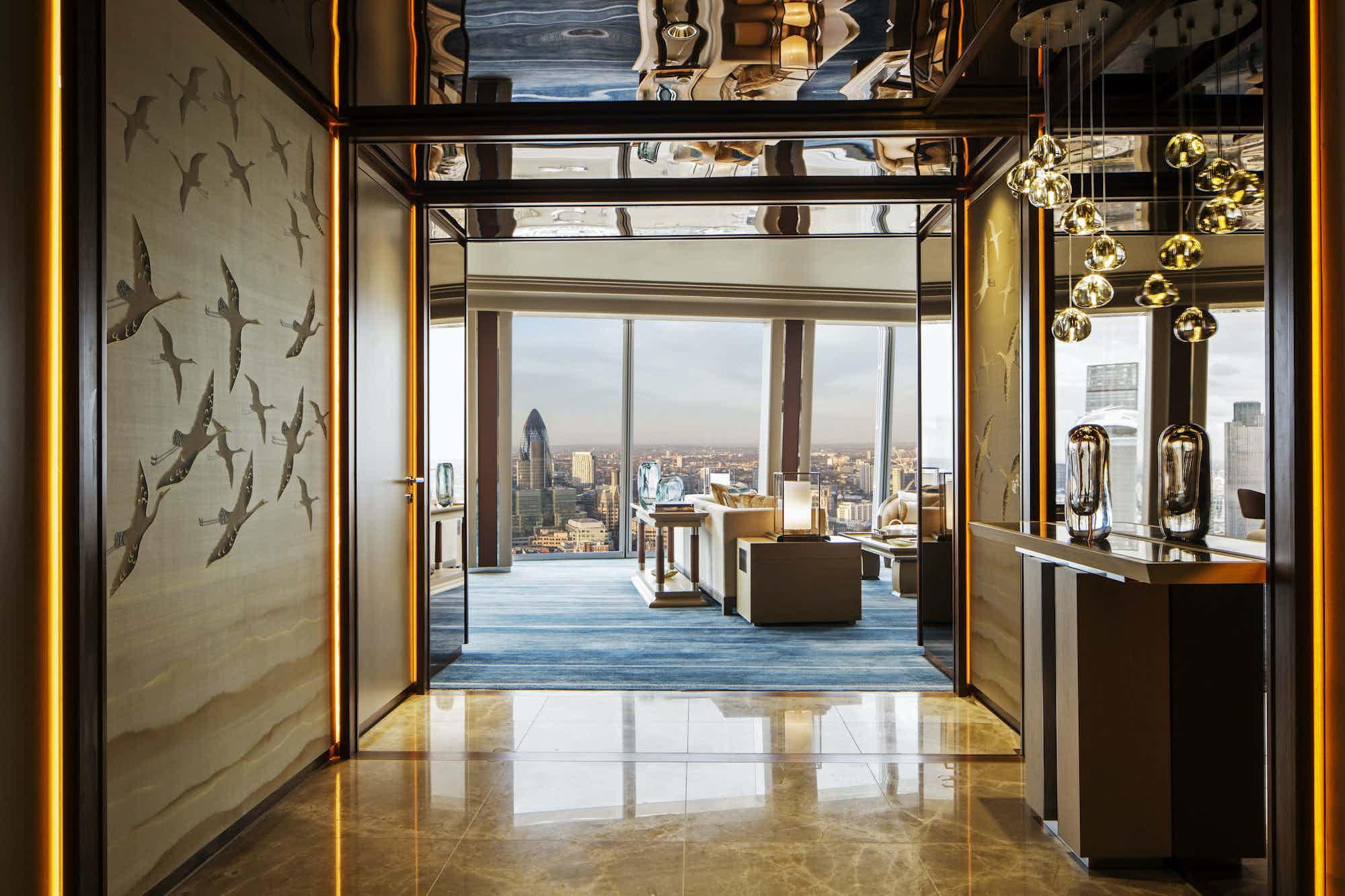 Signature Suites, Shangri-La Hotel, At The Shard, London