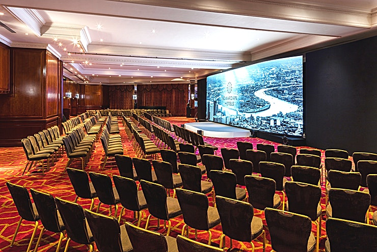 The Commonwealth Suite **The award-winning Heathrow hotel is so much more than a standard airport stay-over.**  Struggling to find a Space for your large-scale event? Look no further. The Radisson Blu Edwardian Heathrow has
