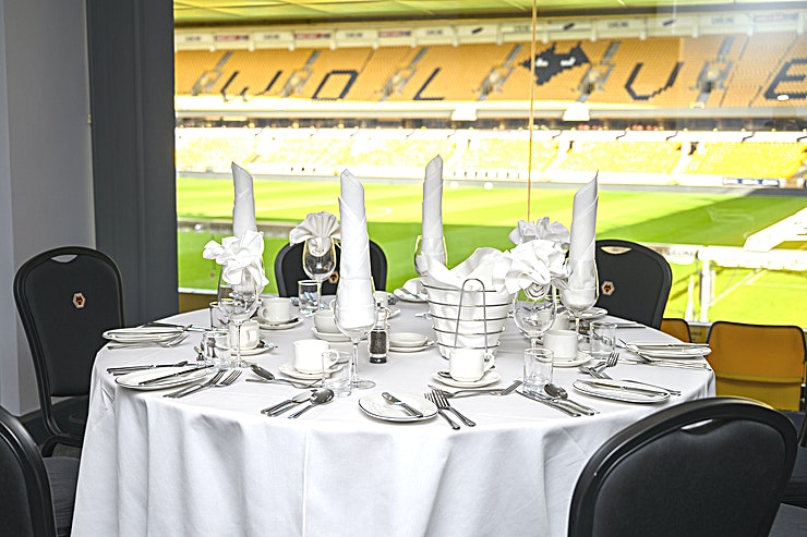 Executive Suites (1-18) **Hire one of the great Executive Suites (1-18) at the Molineux Stadium for your next venue to hire in Wolverhampton.** 