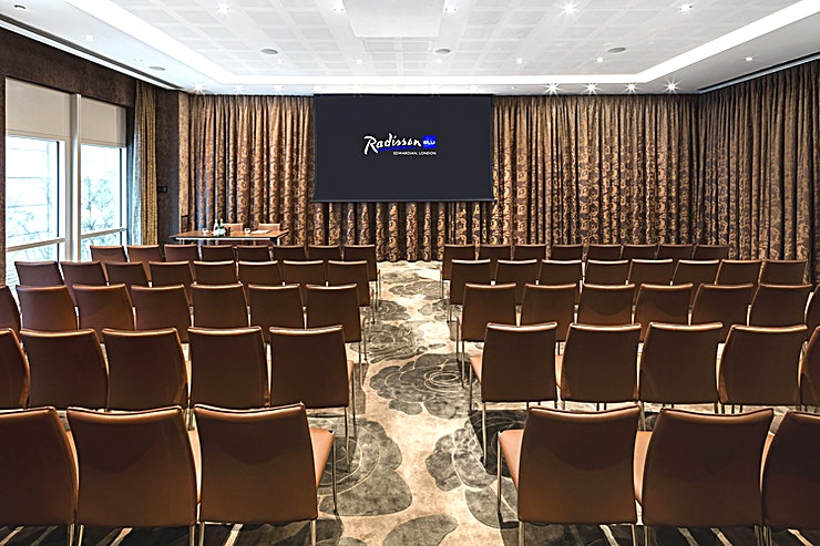 Ontario B **Welcome to Radisson Blu Edwardian, New Providence Wharf - the perfect venue full of amazing Space for your next corporate event.** 