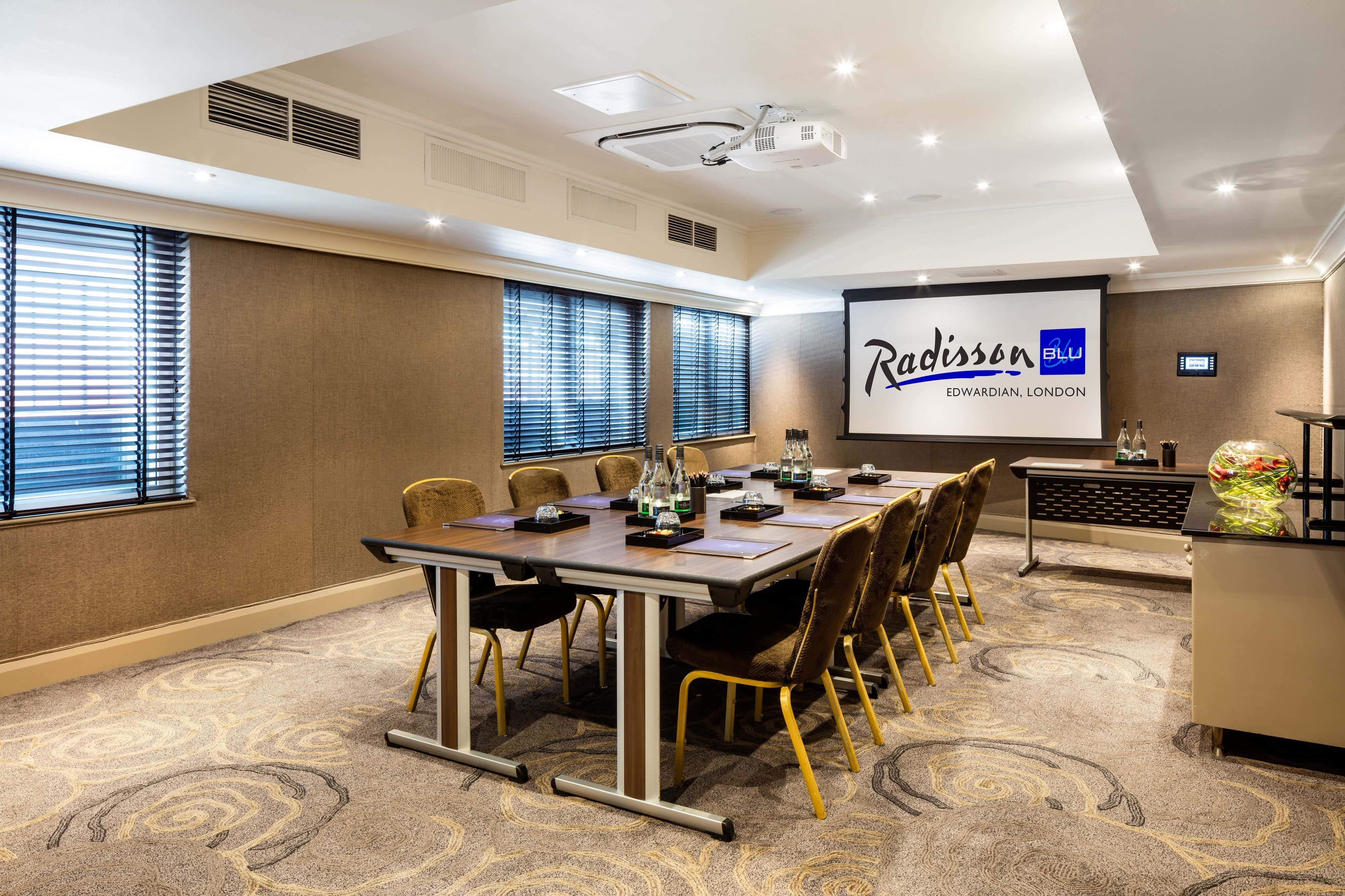 Private Room 9 & 10, Radisson Blu Edwardian Kenilworth