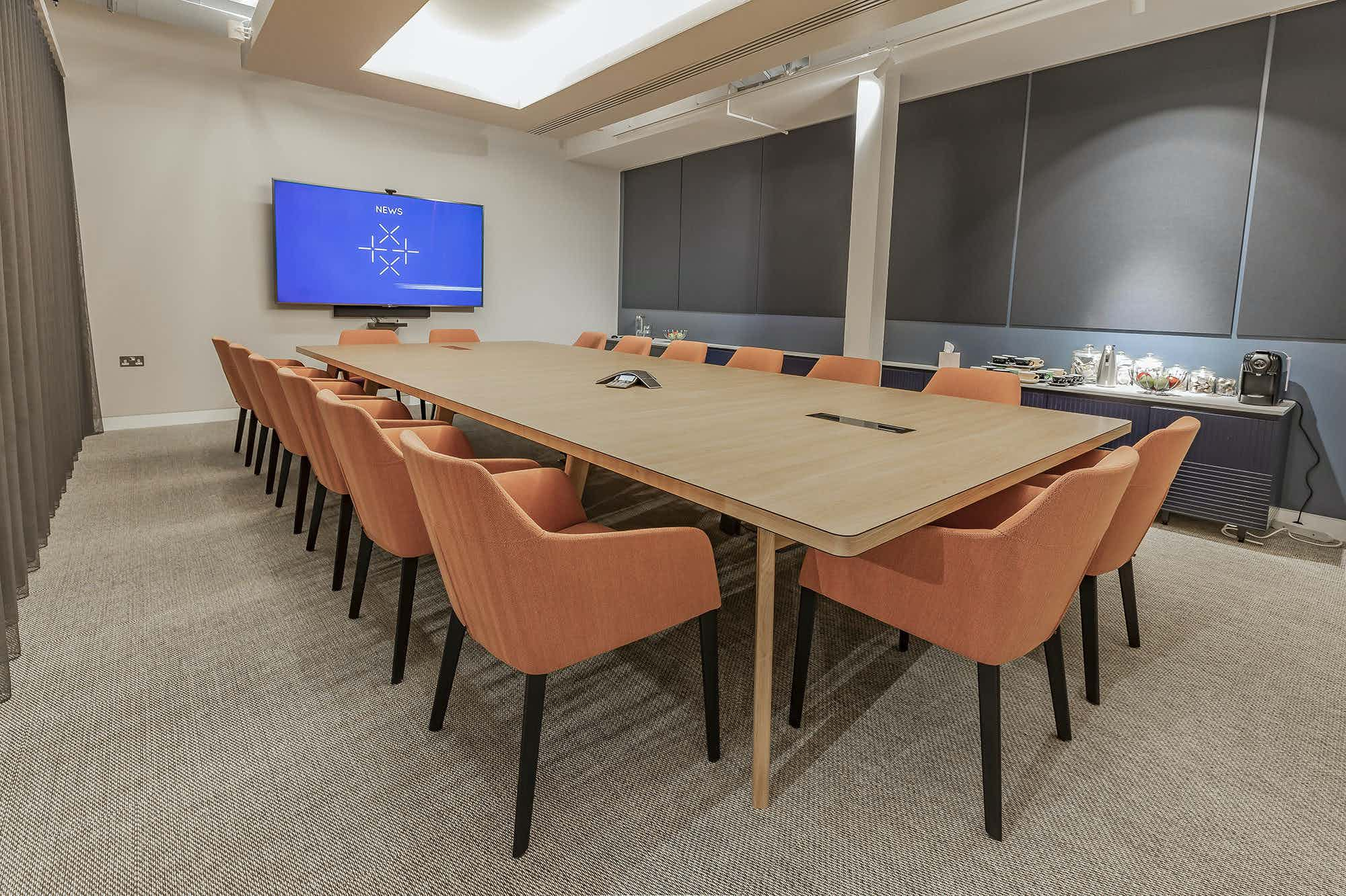 The Boardroom, Fora Folgate