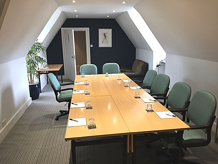 Albury **Hire Albury at Barnett Hill Hotel for the perfect meeting room.**  The Albury is an intimate meeting room located on the second floor of Barnett Hill Hotel with panoramic views of the countryside. T