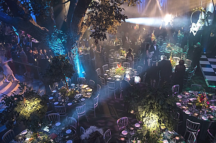 The Underglobe **For an event Space with an iconic London theatre as its backdrop, The Underglobe is a superb choice**  Situated directly beneath the iconic Globe Theatre, with a private riverside entrance on London's Bankside, The Underglobe comes alive at night as one of this city's most exclusive hidden event Space.  A private mezzanine welcomes guests to the venue for arrival drinks amongst the theatre's Shakespeare exhibition which explores the history of the Globe before a sweeping staircase whisks them to the main events space. This unique venue features a life-sized model oak tree, a built-in stage and basic sound, lighting and projection systems.  The Underglobe can happily host up to 350 guests seated or up to 450 standing for exclusive gala dinners, award ceremonies or decadent parties. All events are overseen by an experienced event manager, with restaurant-quality catering delivered from our in-house kitchen team.