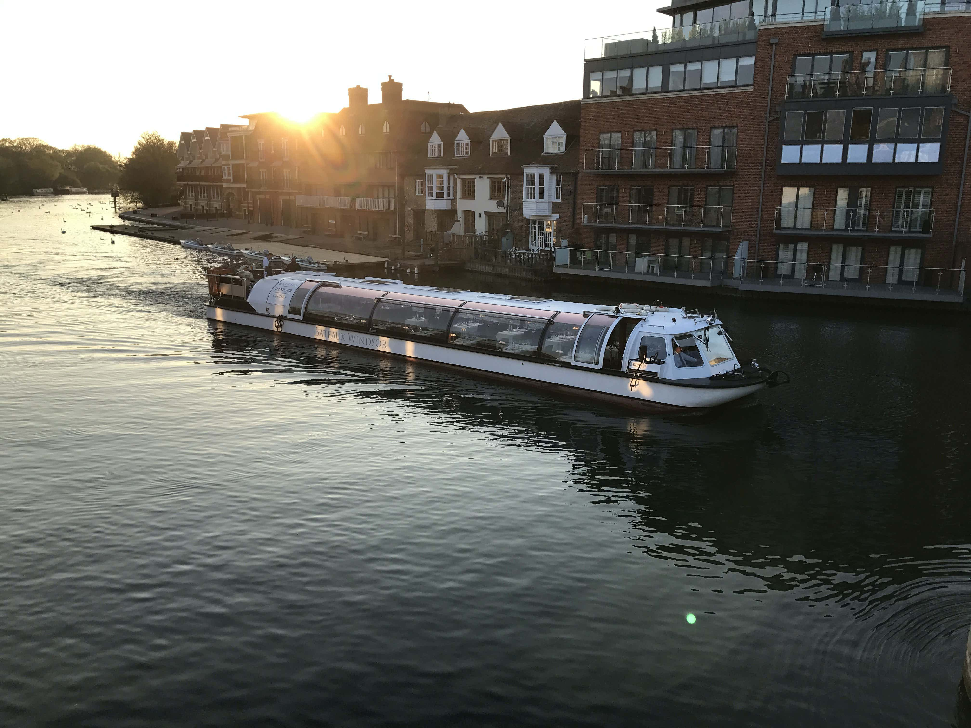 Willow Room by Bateaux London  , Willow Room
