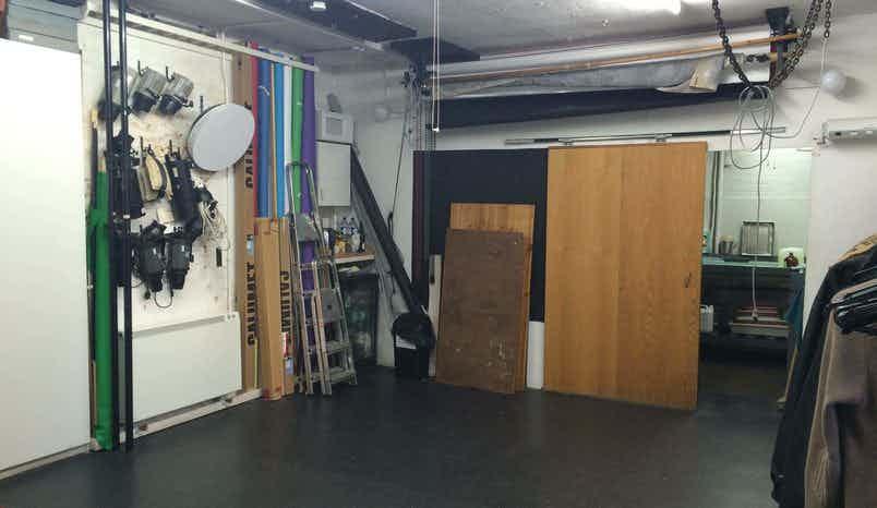 Photographic Studio, 2 Iliffe Yard