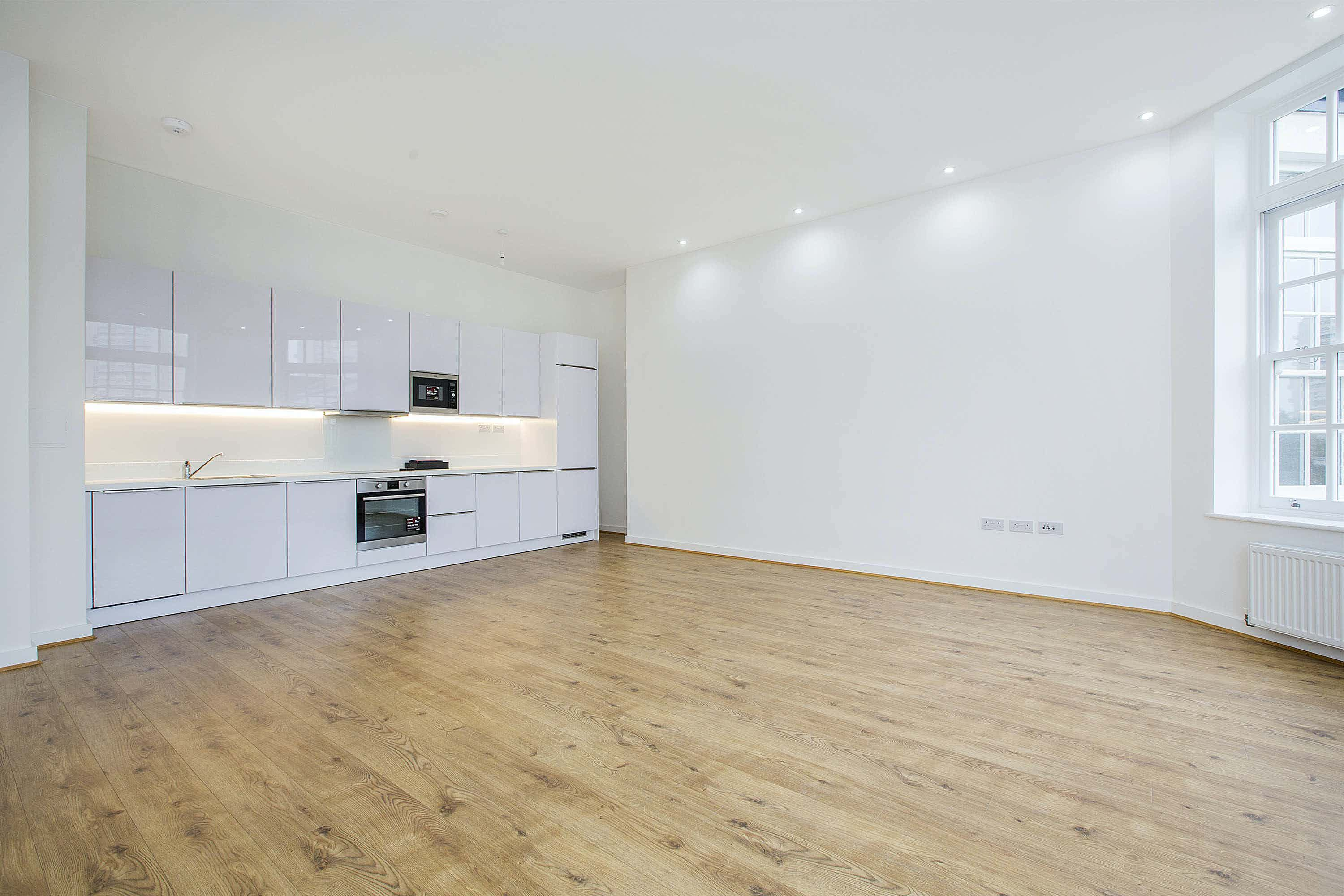 Clapham Flat, Stockwell, Clapham North