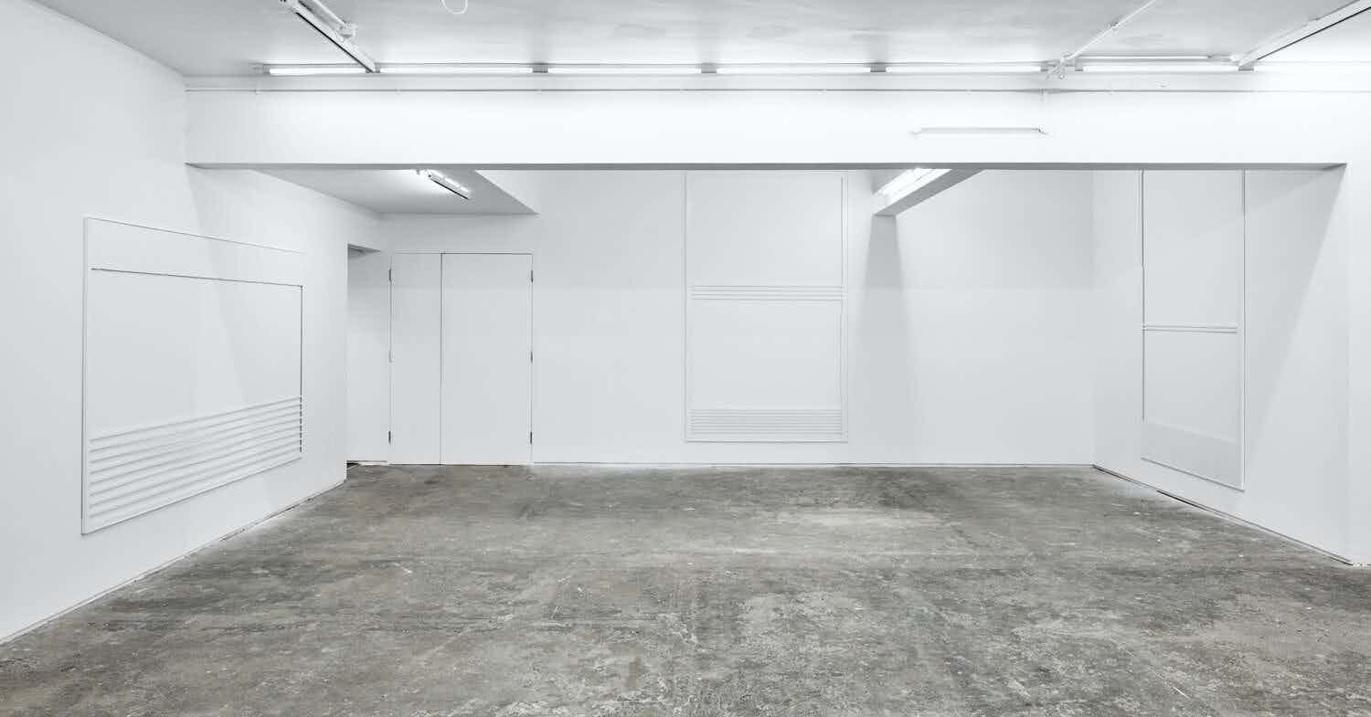 Entire Gallery, Gallery Space