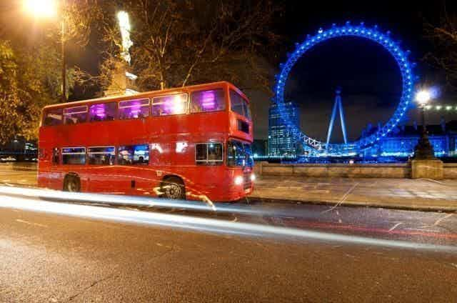 London Party Bus Tour, The Traditional