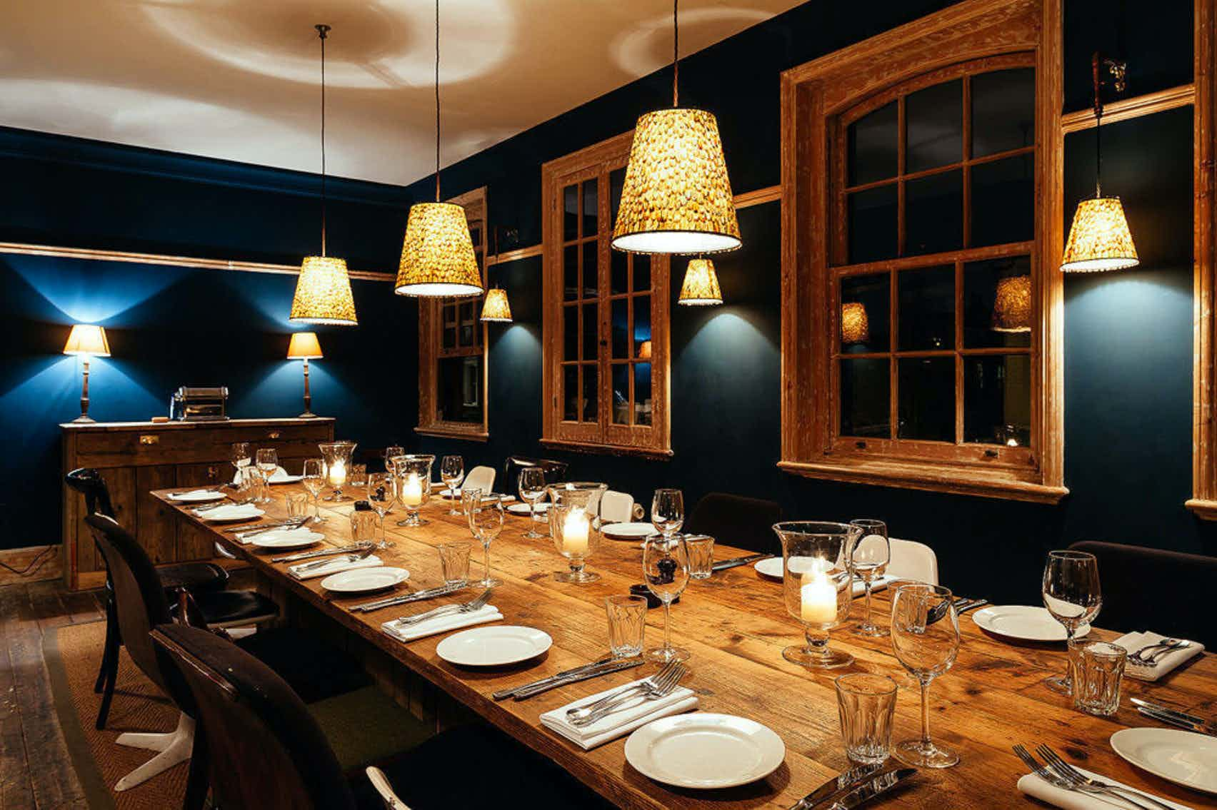 Private Dining Room, Bird In The Hand