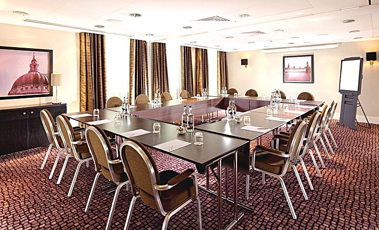 Westminster **Looking for an impressive Space to captivate clients and engage Guests? The Westminster at the Crowne Plaza London Ealing provides the perfect option**