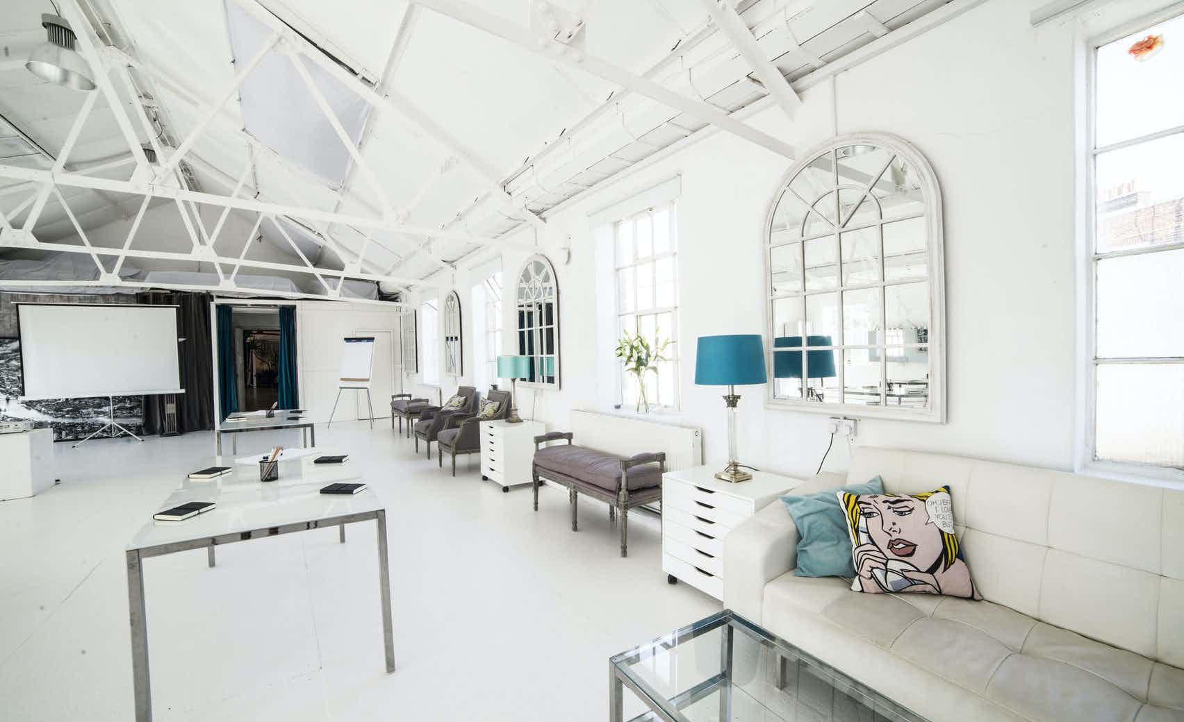 White Loft, Lumiere London