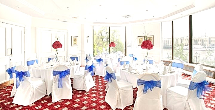 Mortimer  The Mortimer Room is ideal for board meetings, interview panels, one-to-ones or private dining. 