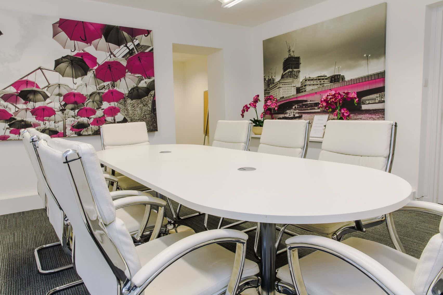 Tooley Suite, Eight St. Thomas Street