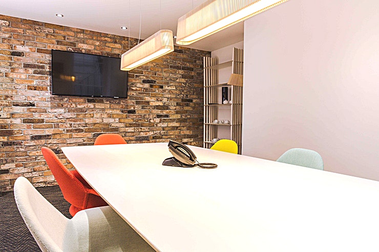 Gloucester Suite **For a quirky combination of classic and modern meeting Space, the Gloucester Suite at Five Southampton Place is the meeting Space for you.**  This London meeting room hire provides a Space ideal f