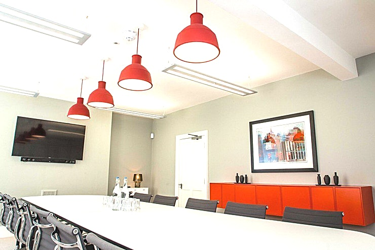 Bedford Square Boardroom **The Boardroom at Twenty-Seven Bedford Square is a stylish London meeting room for hire.**  Make Twenty-Seven Bedford Square your company's new home in this beautiful location in the heart of Londo