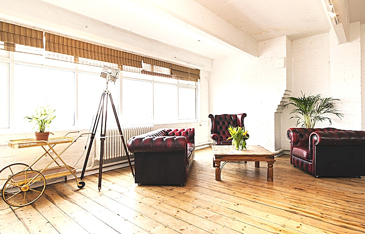 Daylight Studio **Fourth Floor Studios is a creative studio hire in London, with unlimited uses. This is a great photography location and London filming location.**  The studios are in a convenient location in east London, close to Whitechapel station and Aldgate East station. This is a creative part of the city, with great connections to the rest of London  4th Floor Studios is a unique funky Space for your next creative project. This studio can be blacked out, in order to control the light, making the perfect studio for photographic and film shoots.   This studio can be hired on its own, or with the adjoining daylight studio. Fourth Floor studios is available for one-off or block bookings, day or night.   We offer competitive rates, and will always do our best to accommodate your budget. We are close to central London with great transport links and access to parking.  DAYLIGHT STUDIO * 1500 sq ft natural light studio * WC, shower/bath and kitchen facilities * Client seating area * Yamaha PA music system * Seating for 130 * Access to bamboo terrace area 3000 sq ft rooftop with London skyline and electricity  This is a dry hire price.