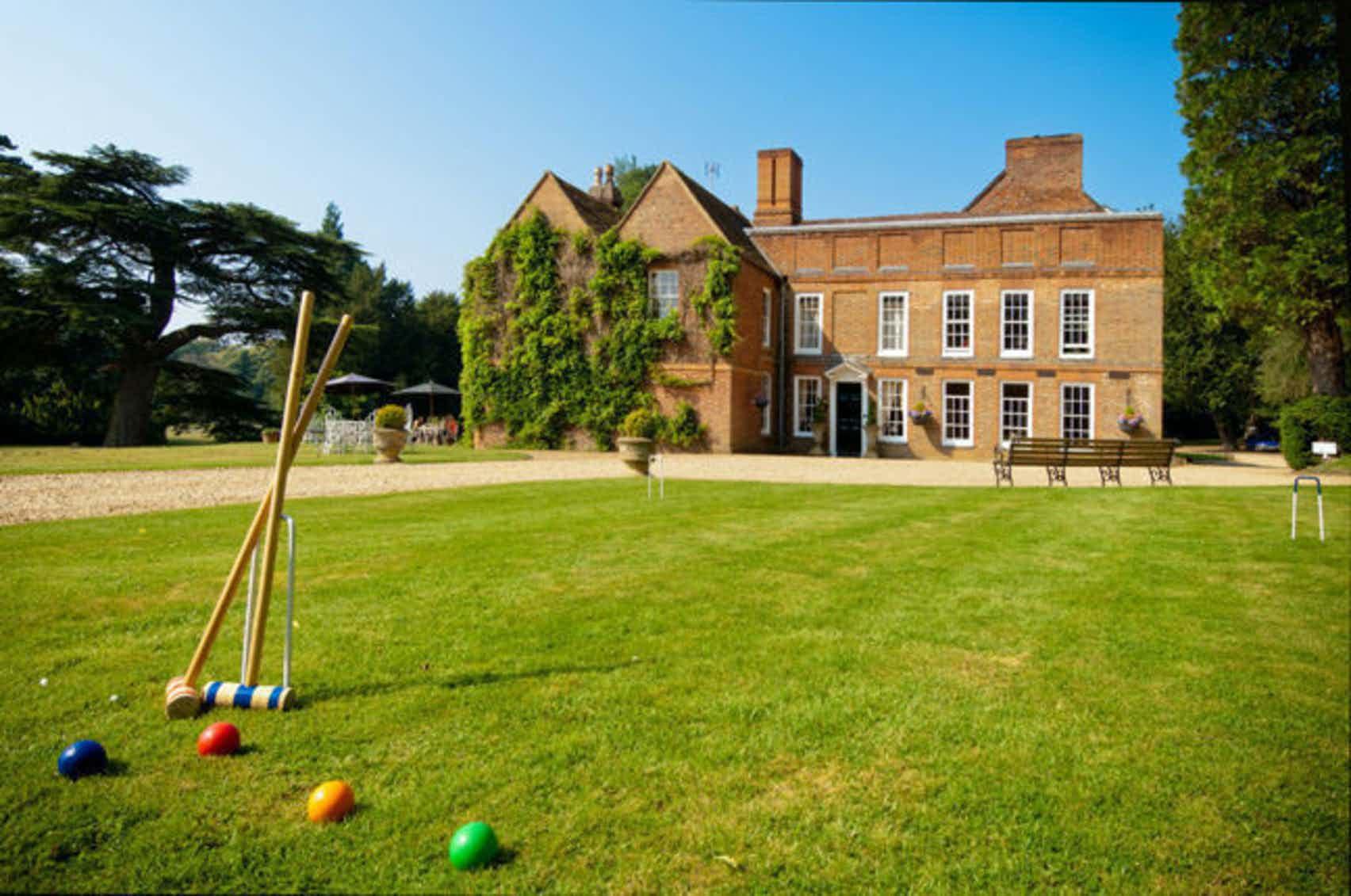 Stunning Manor House, Flitwick Manor