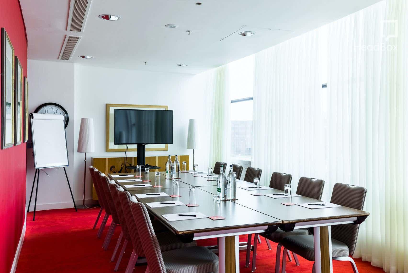 Winteringham VIP Room, The Rep