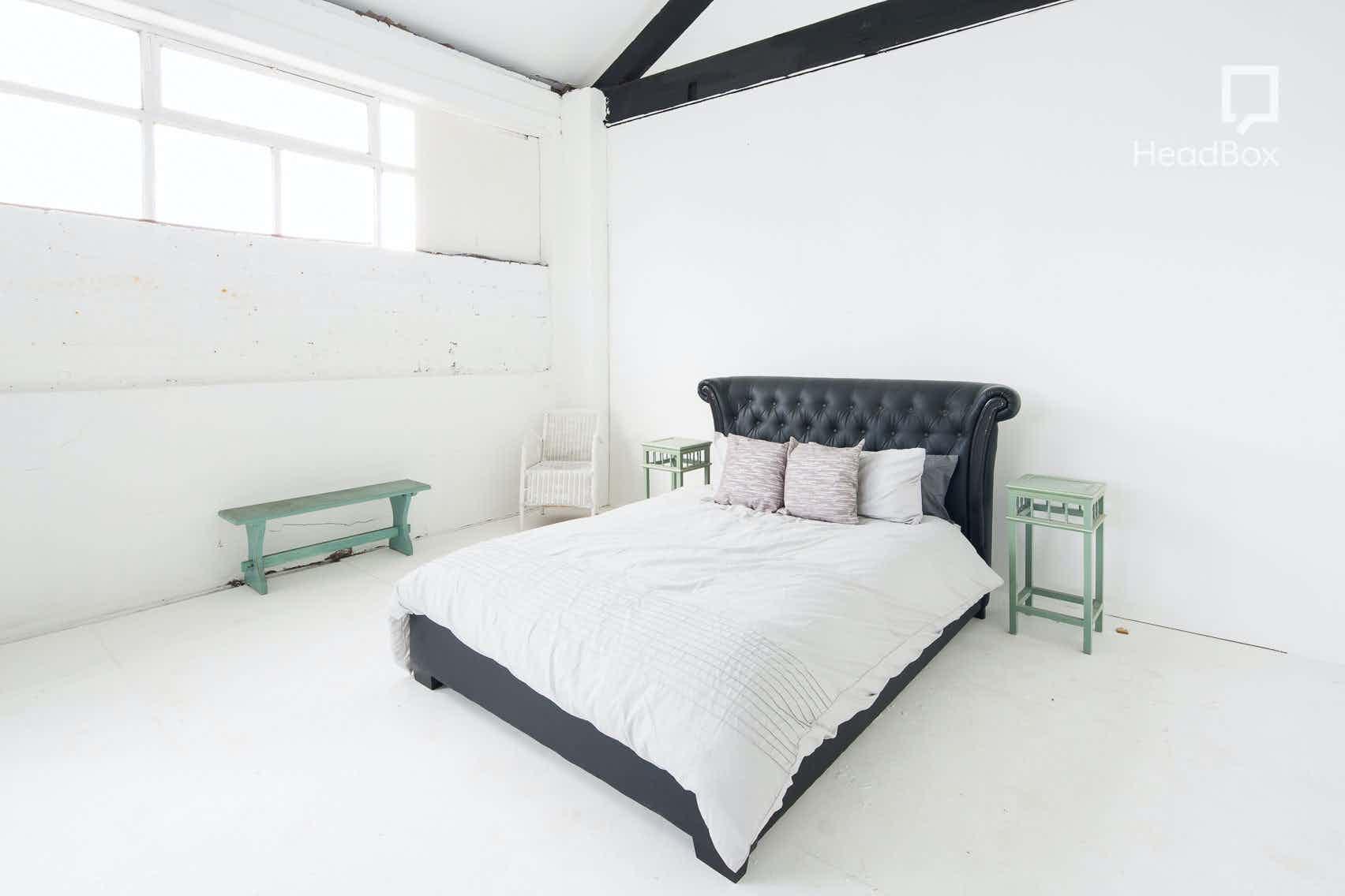 Studio 1 + Gym / Bed / Catwalk Shoot Area, Studio 303