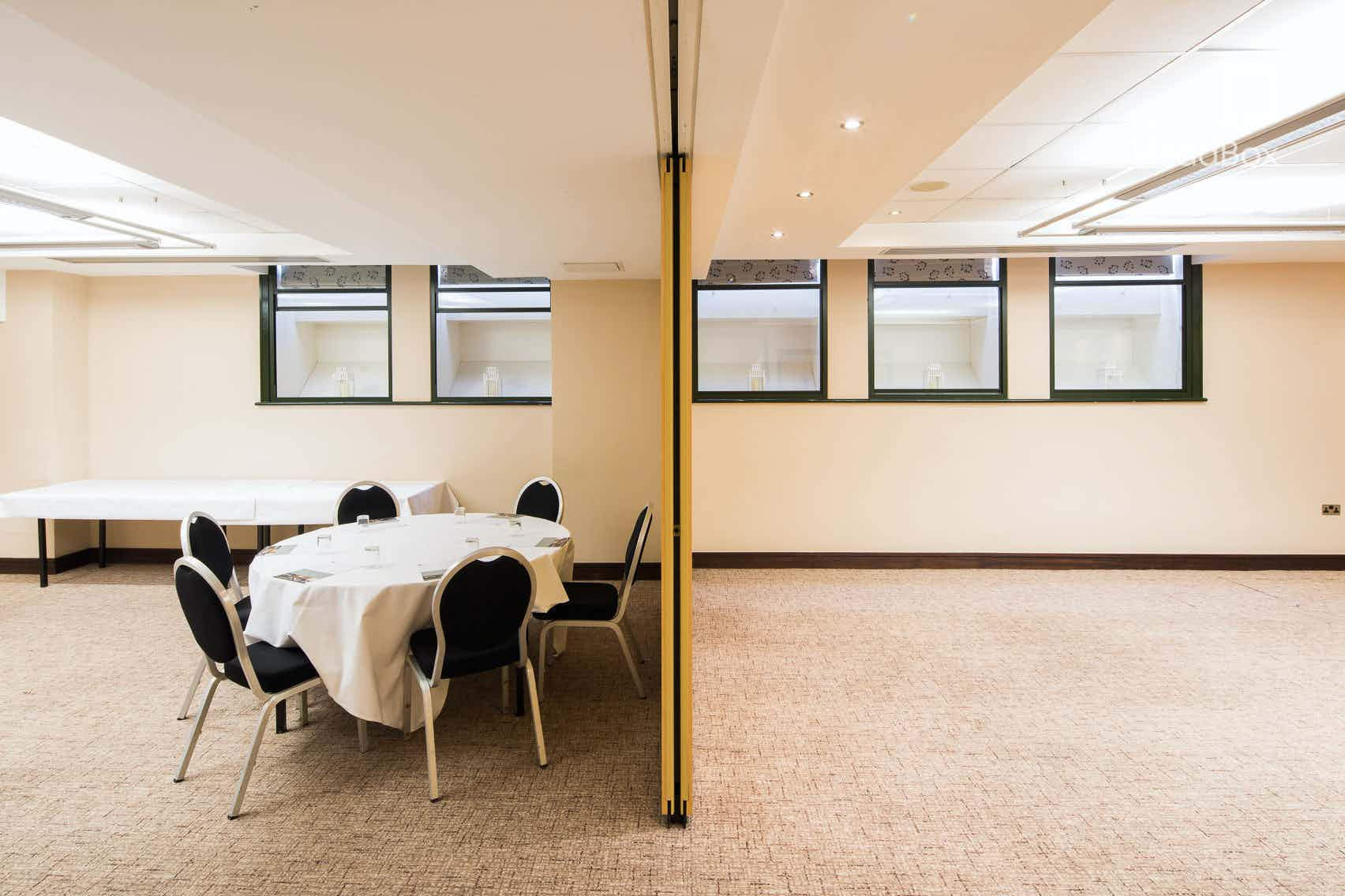 Charters Suite 1 or 2, Arora Hotel Manchester