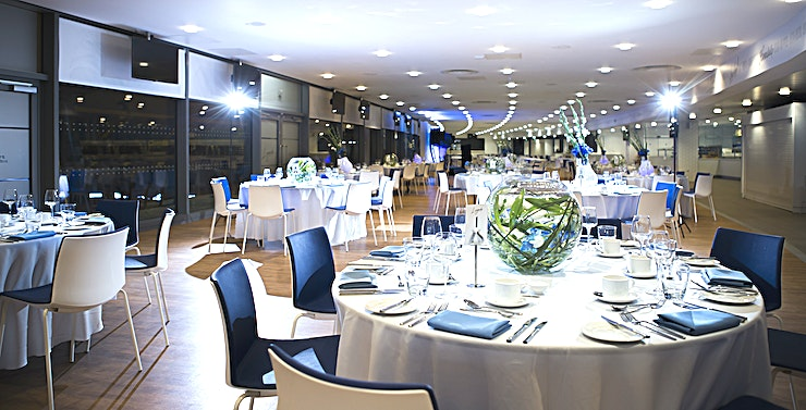 Legends **Hire the Legends Suite at the Etihad for your next corporate event in one of the top private dining venues Manchester has to offer.**  The late and the greats that have played, managed and lead our Club to where we are today. Located on the second floor of the recently, Legends is our newest and biggest space that offers spectacular panoramic pitch views and stylish surroundings for all the guests to enjoy.  **CAPACITIES** * Cabaret: 300 * Theatre: 450  * Boardroom: N/A  * Classroom: 120  * Banqueting: 480  * Dinner: 440 * Drinks Reception: 500