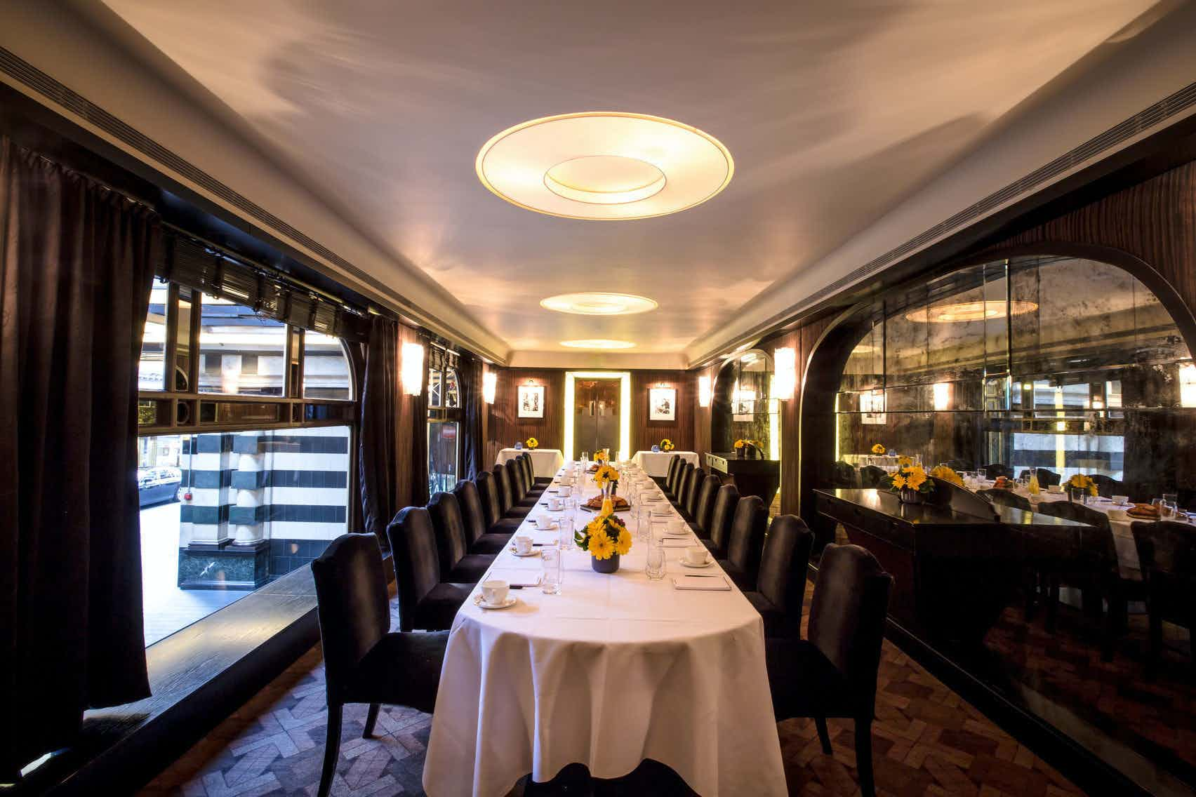 Savoy Grill A Westminster Private Dining Room To Hire From Headbox
