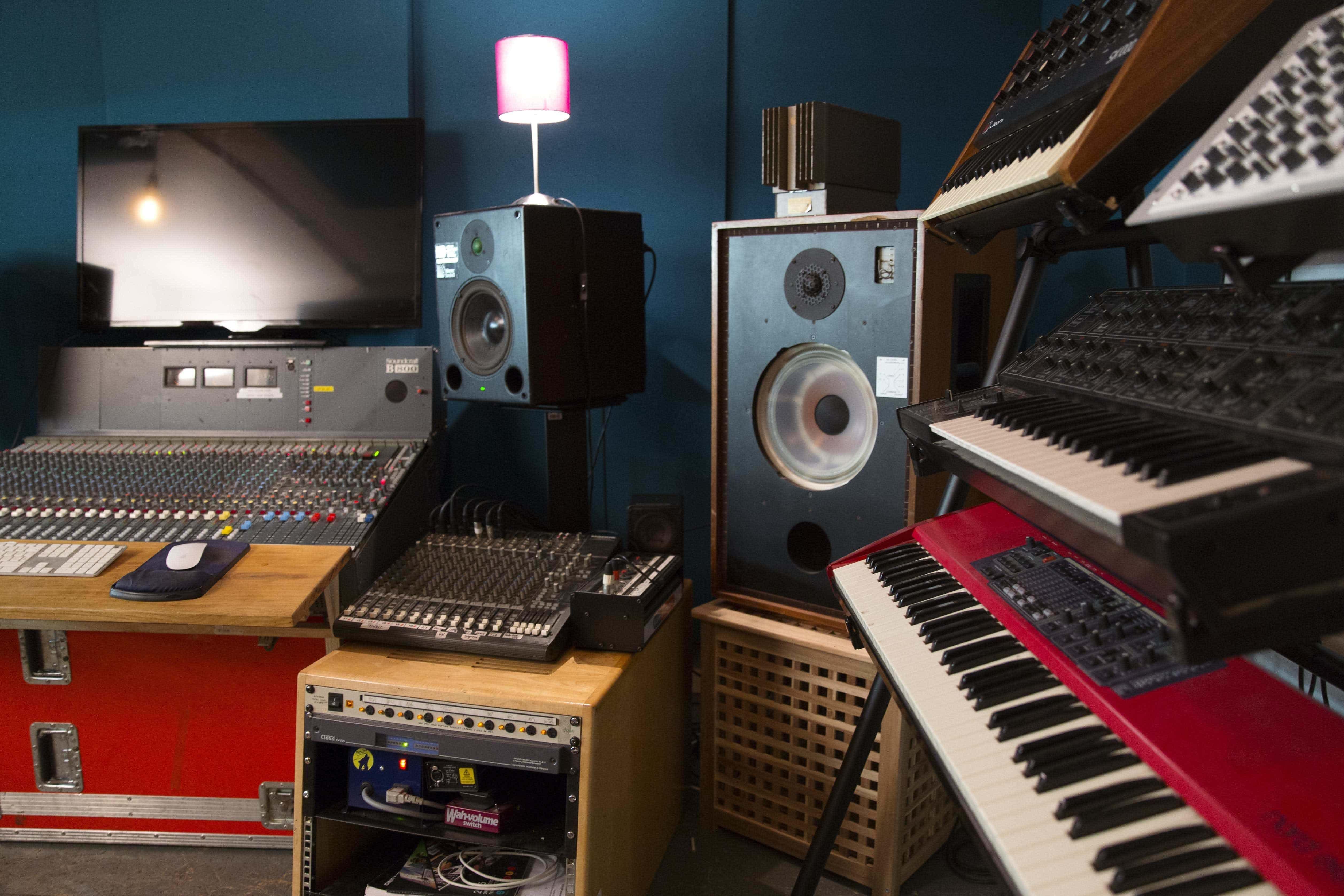 Secretsundaze Studios, Secretsundaze