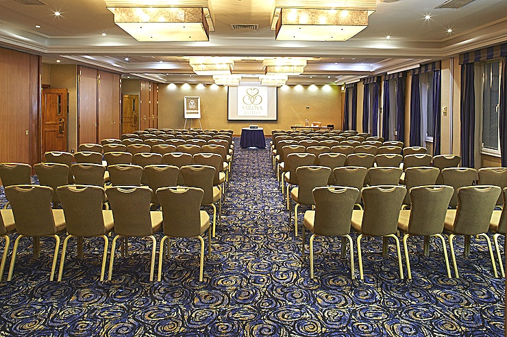 Kings Suite The Kings Suite is the largest event room at The Rembrandt, offering a maximum capacity of 250 guests for a reception. It is located in a separate area of the hotel with a dedicated reception and breakout area. For smaller events it can be partitioned into four separate rooms using sound proof partitions. Flooded with natural daylight, it is the ideal space for conferences, drinks receptions and private parties.