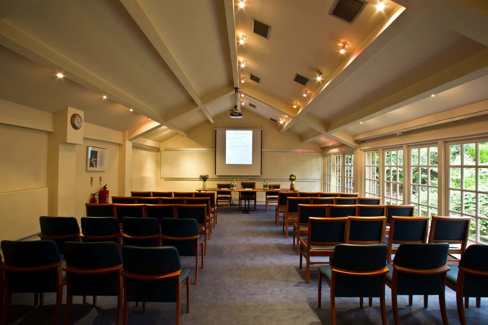 The Hardy Room, London Mathematical Society