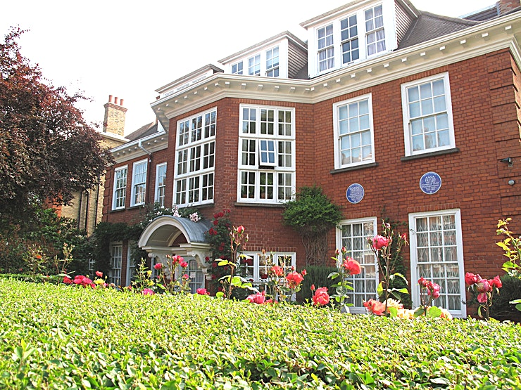 Freud Museum London The Freud Museum was the home of Sigmund Freud and his family when they escaped Austria  in 1938. It contains Freud's remarkable collection of antiquities: Egyptian; Greek; Roman and Oriental. Almost 2,000 items fill cabinets and are arranged on every surface.   The perfect venue for small meetings, away days, seminars, meetings, book launches, lectures, wedding receptions, film projections and conferences. The Garden Marquee is also available.