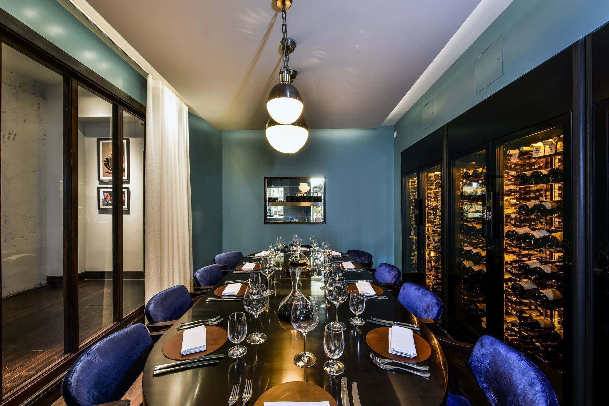 Magnum Room, Cabotte Restaurant