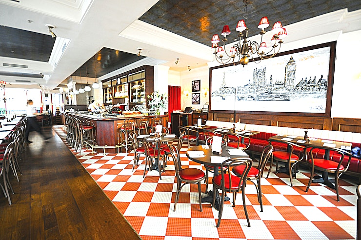 Exclusive Venue Hire, Private Dining **Hire Cafe Rouge St Pauls for great food in one of the most well-known French-inspired restaurants in London, overlooking the iconic Cathedral.**   This venue is the place to enjoy a little slice o