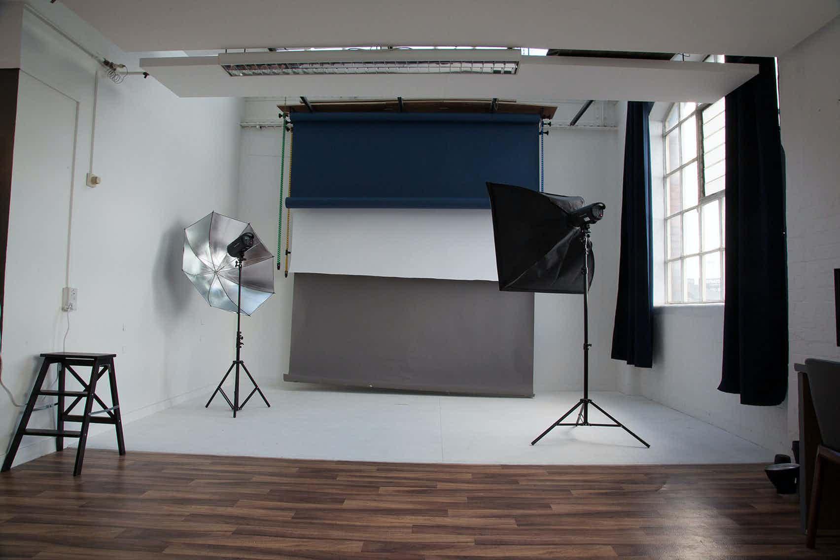 Studio, Moonshine studio