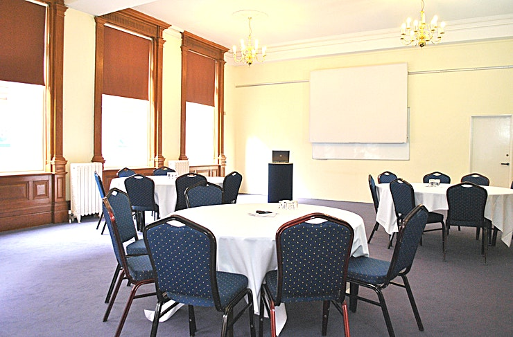 Brunel Room **Tired of the same old meeting spaces? Book the Brunel Room at the Armada house and host your next meeting, workshop or conference in one of the best meeting rooms Bristol has to offer! **   The Brunel Room is a meeting venue within Armada House in Bristol that will provide you with all the flexibility you need to host a productive meeting. If you need a little more space, the adjoining meeting room - the Chatterton - can be hired in addition to use as a syndicate, lunch or breakout room. The Brunel Room is kitted out with Internet, telephone and numerous power points around the Space. It is also air-conditioned and has natural daylight with blackout blinds.   Armada House is an business events centre in Bristol, with plenty of history and character. The Grade II Listed Edwardian building has several meeting rooms, conference spaces and training rooms for your next event. The meeting rooms, conference spaces and training rooms can be used for all kinds of business events.
