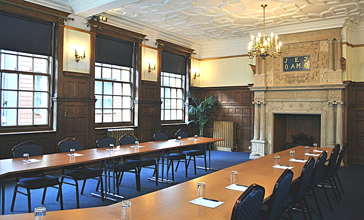 Elton Room **Tired of the same old meeting spaces? Book the Elton Room at the Armada house and host your next meeting, workshop or conference in one of the best meeting rooms Bristol has to offer!** 