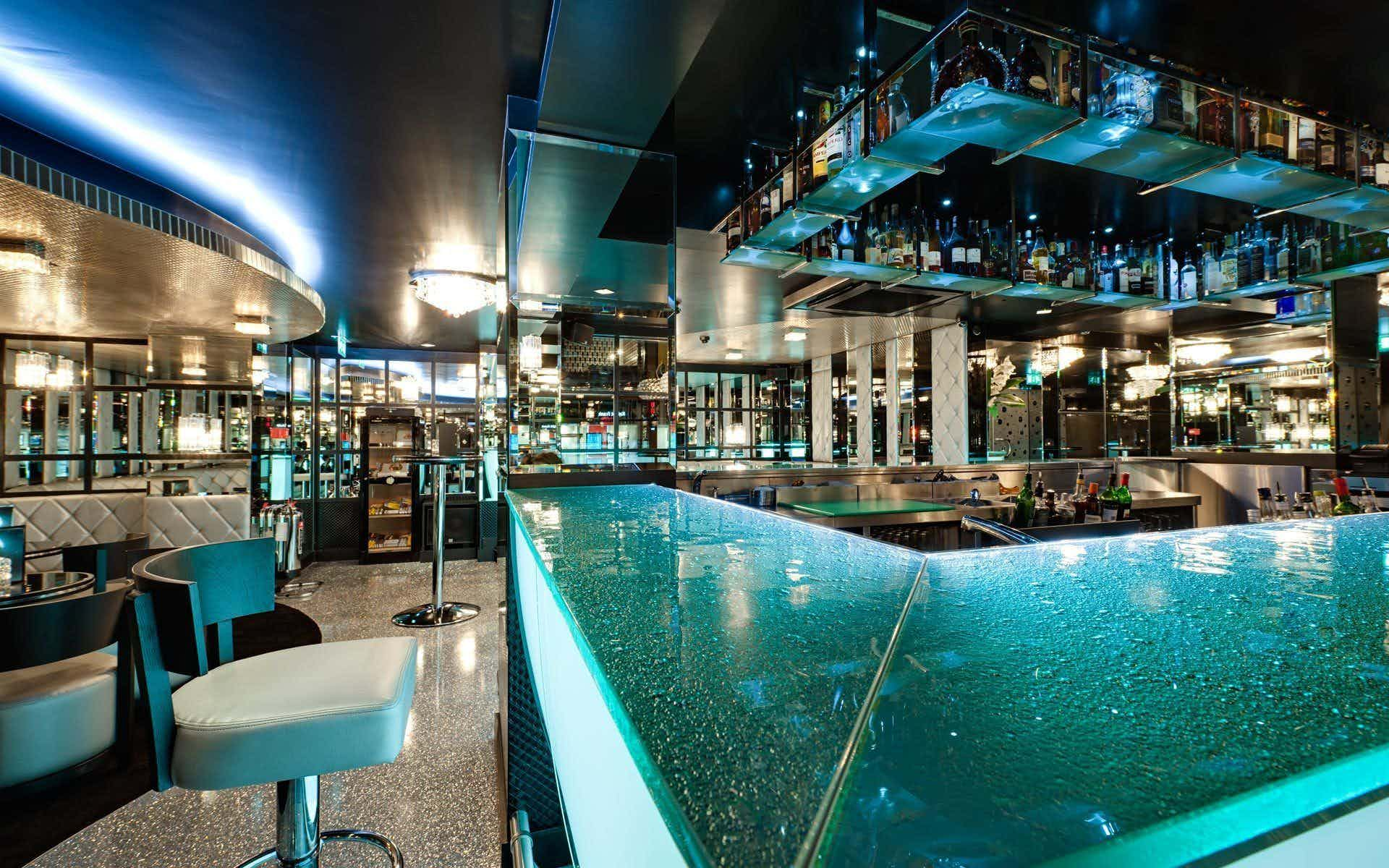 Cocktail Bar, Galante
