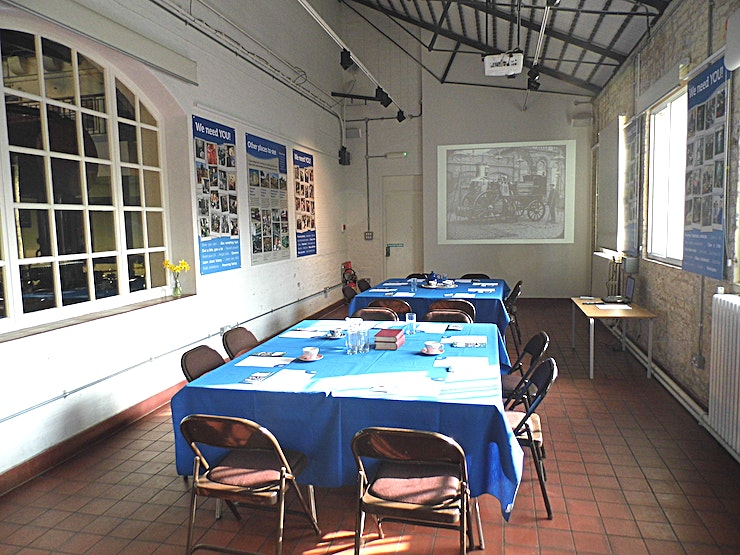 London Museum of Water and Steam The Babcock meeting room is a perfect space for small meetings for up to 40 delegates. Features include data projector, screen, Wi-Fi, large windows for natural light and a small kitchen space.