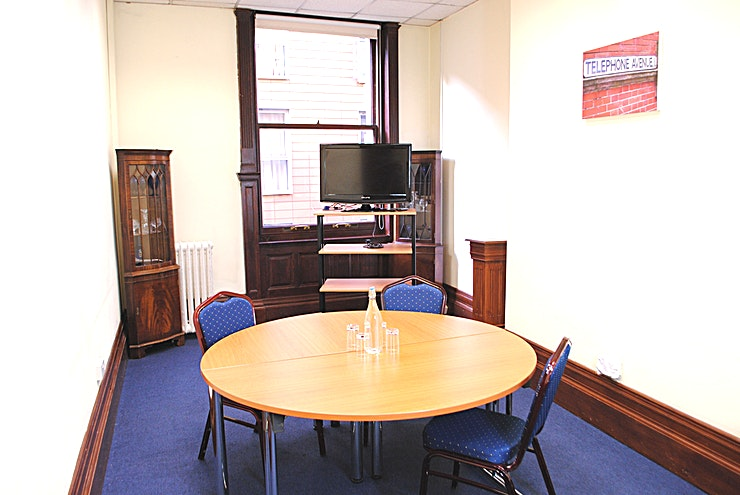 Boardroom **Tired of the same old meeting spaces? Book the Boardroom at the Armada house and host your next meeting, workshop or away day in one of the best meeting rooms Bristol has to offer!** 