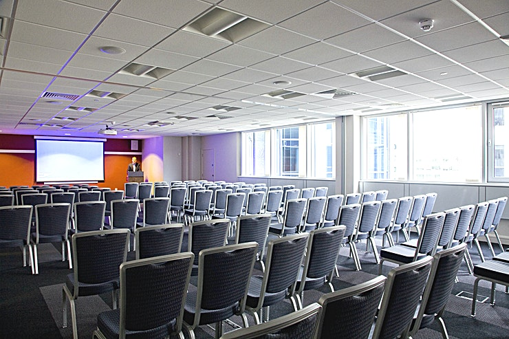 Colmore Suite **Hire one of the best options for event room hire in the heart of Birmingham City Centre, the Colmore Suite at De Vere Colmore Gate.** 